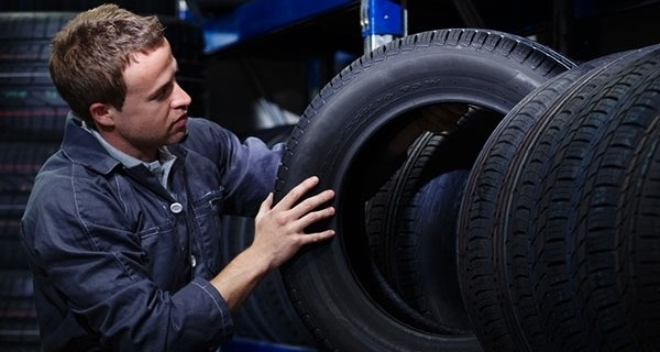 Bridgestone Adopts English as Official Language